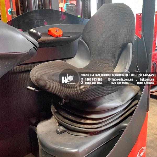 Xe nâng điện Linde R14S