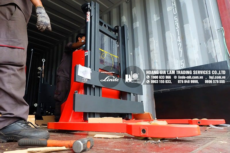 Hàng mới về 9.2021: Container xe nâng Linde R16S, R20S, P50A, L10AS, T20APHP, MT12 & MP13 mới 100%
